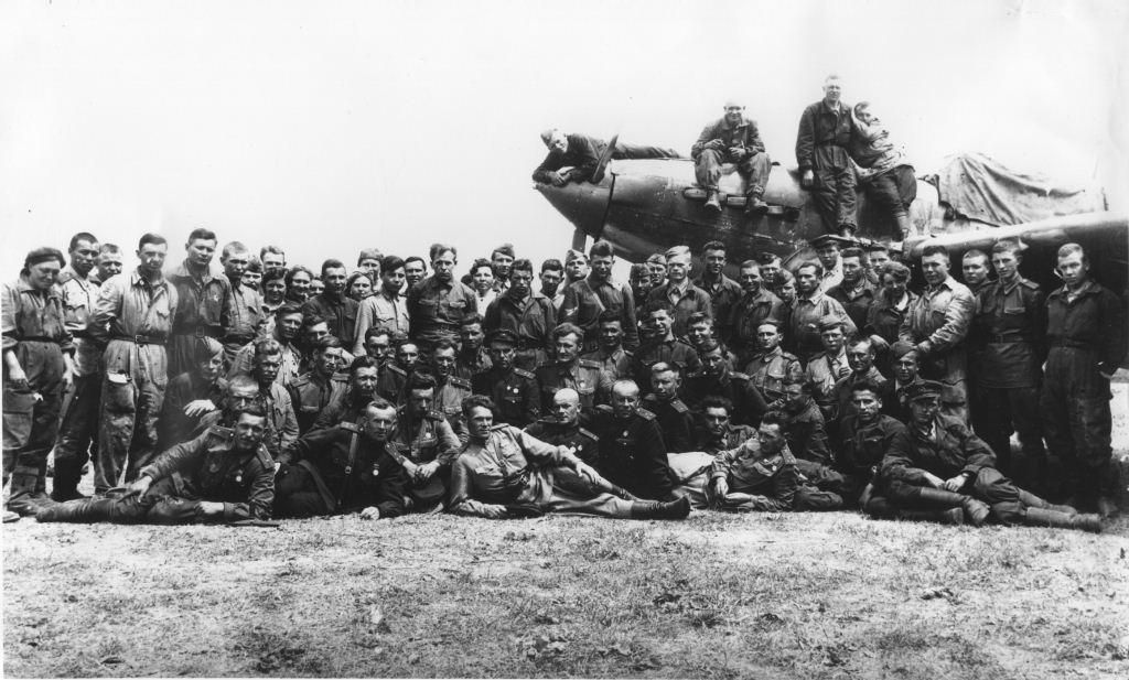 279 танковый барвенковский краснознаменный, орденов кутузова и александра невского полк